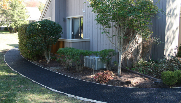 Pervious Pavement Rubber Trail in Urban Neighborhood