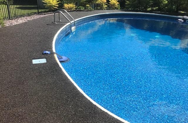 Non-Slip Rubber Pool Deck