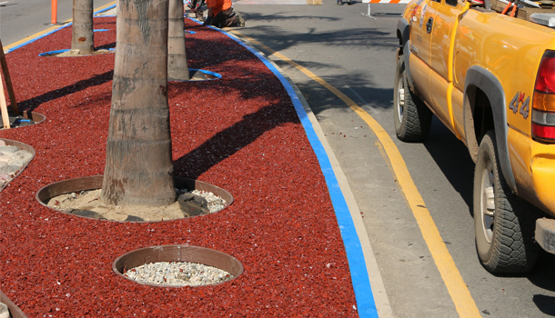 Porous Rubber Pavement Median in Los Angeles