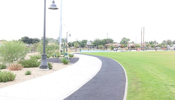 This Rubberway pervious pavement trail in Rialto, CA is non-slip, flexible, and comfortable for walking and jogging